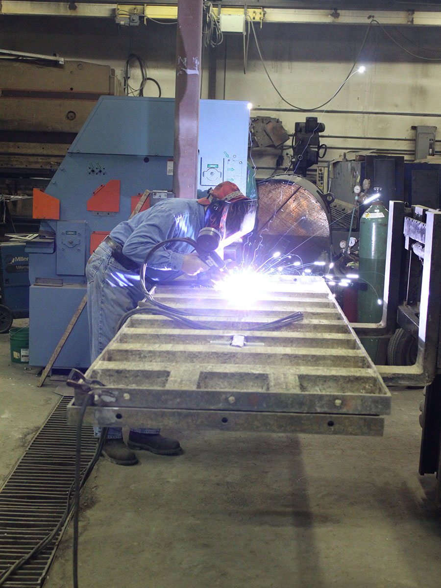 Baker Welding Crane Custom Fabrication Repair 1.JPG